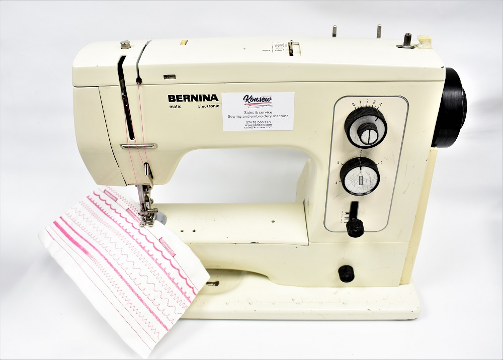 Domestic sewing machine Bernina Minimatic 807